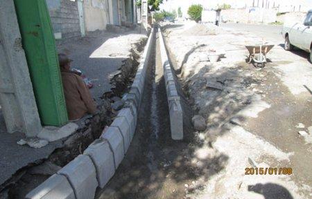 عملیات تعویض جدول بخشی از خیابان مسجد سنگی